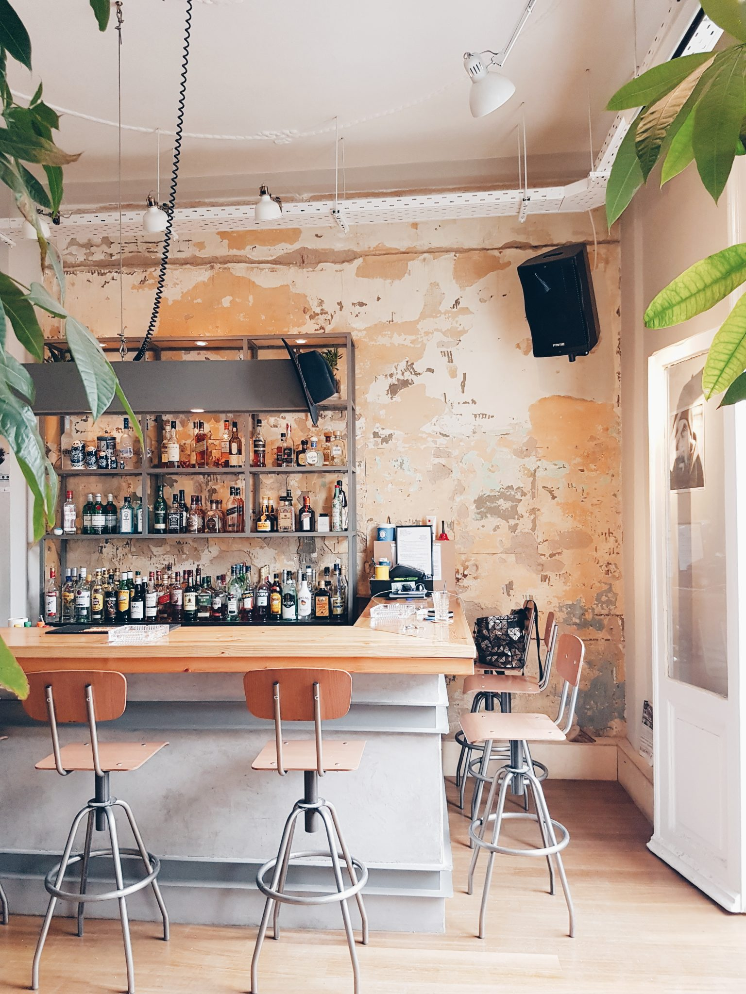Mob cafe is located in downtown Thessaloniki, Greece. It is a cozy yet minimalistic spot for coffee and drinks.