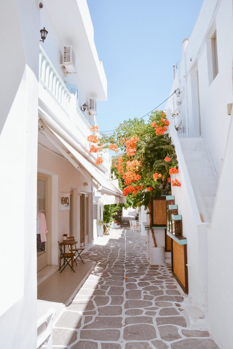 Travel Guide to Paros, Greece