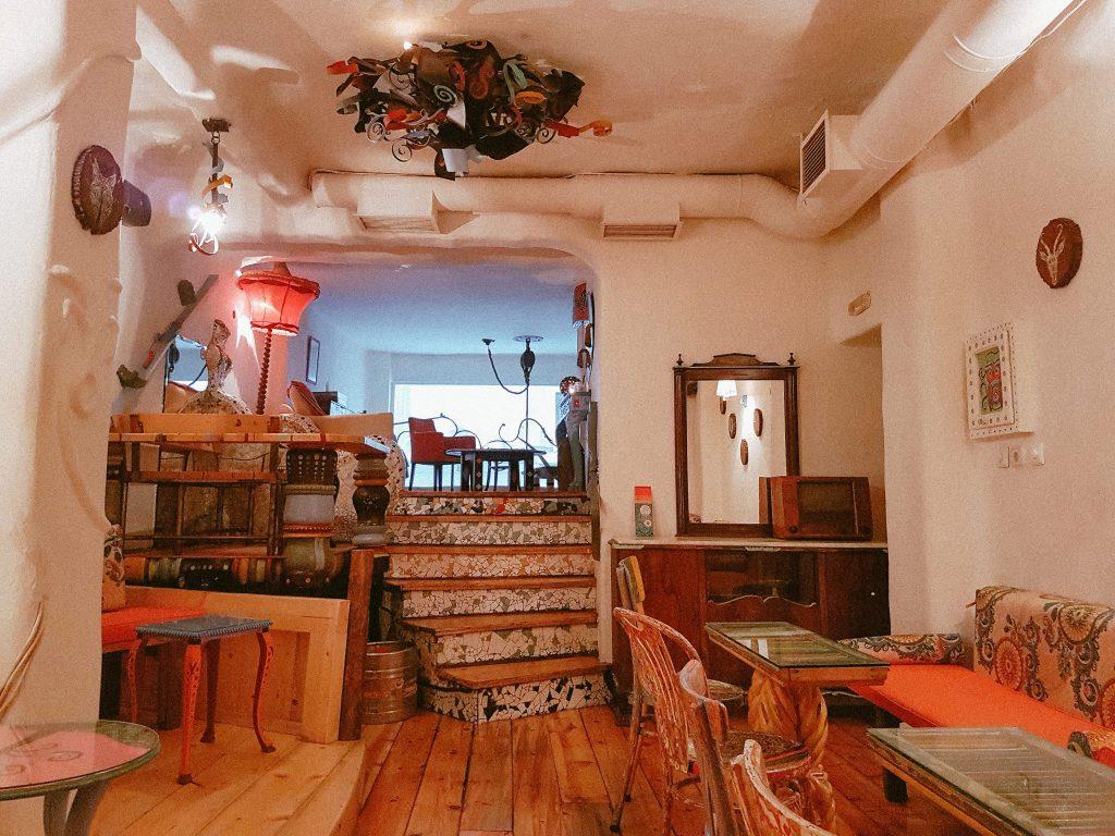 Yfilios Bar Nationale